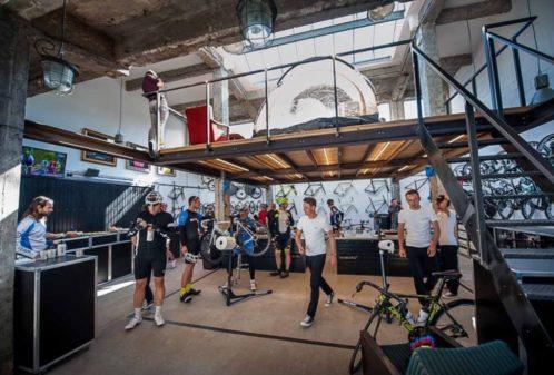 Projekt konstrukcyjny antresoli salonu rowerowego - fot. 01-03
