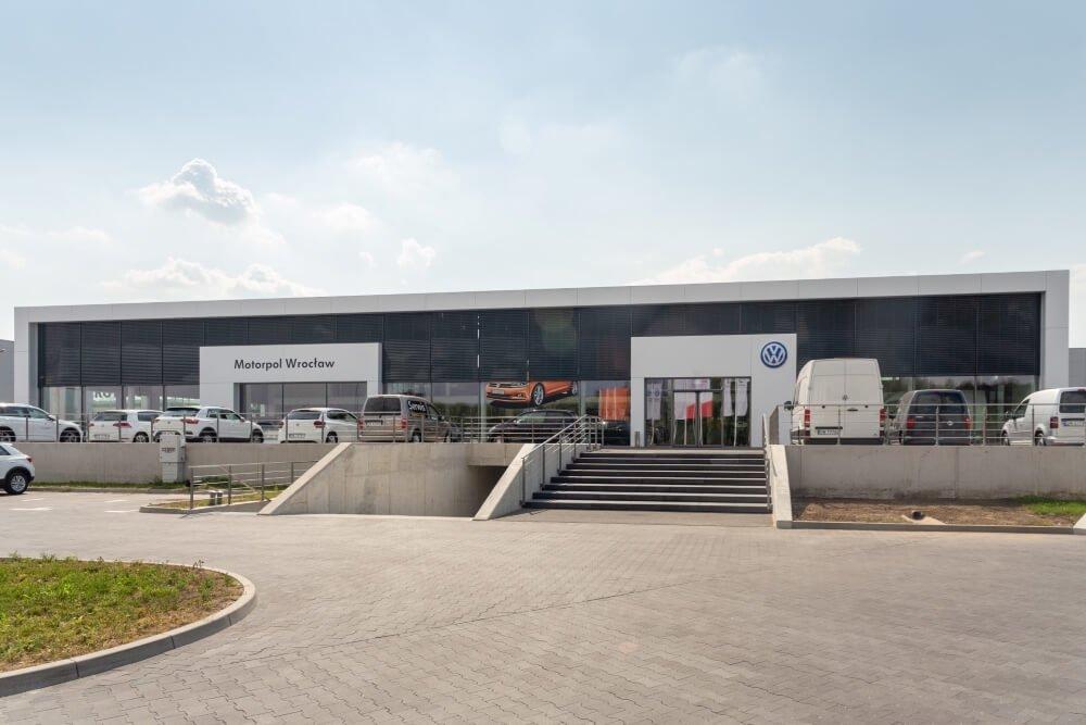 Projekt konstrukcyjny kompleksu obsługi samochodów - fot.01-03