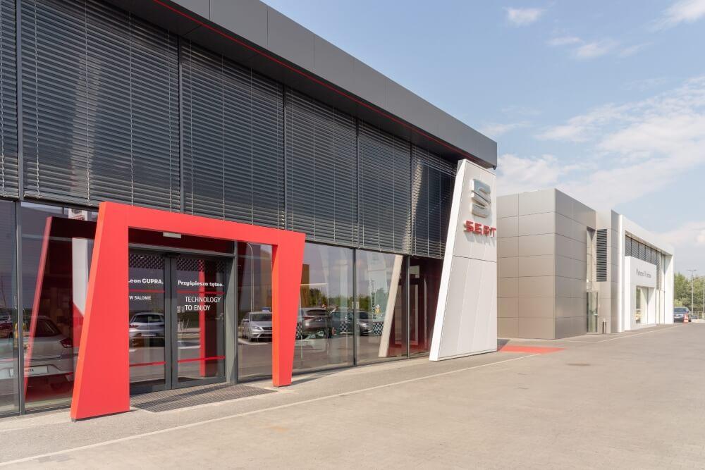 Projekt konstrukcyjny kompleksu obsługi samochodów - fot. 04-03