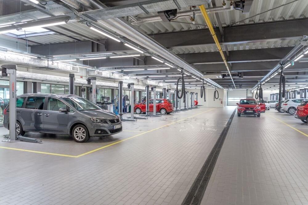 Projekt konstrukcyjny kompleksu obsługi samochodów - fot. 15-03
