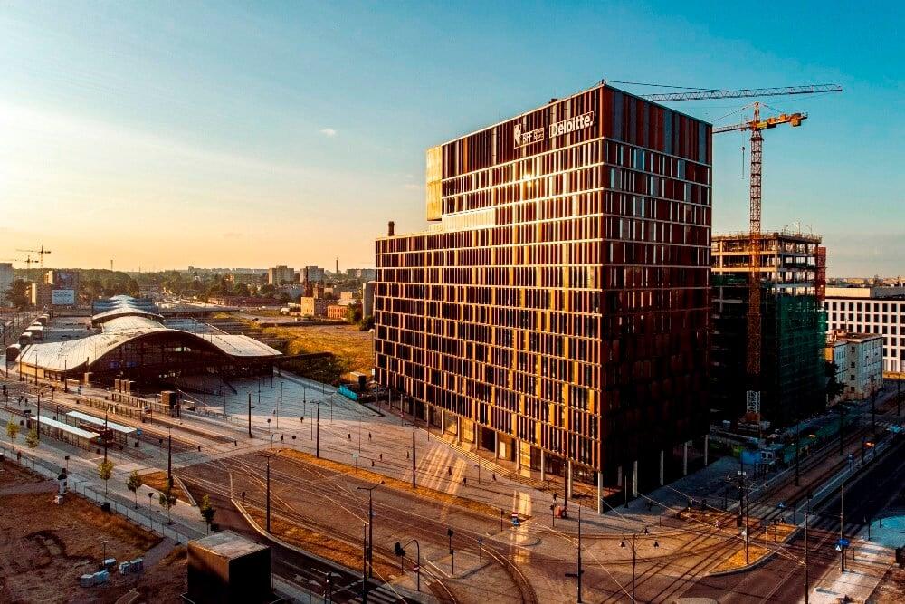 Konstruktionsprojekt der Fassade des Bürogebäudes - Fot. 01-03